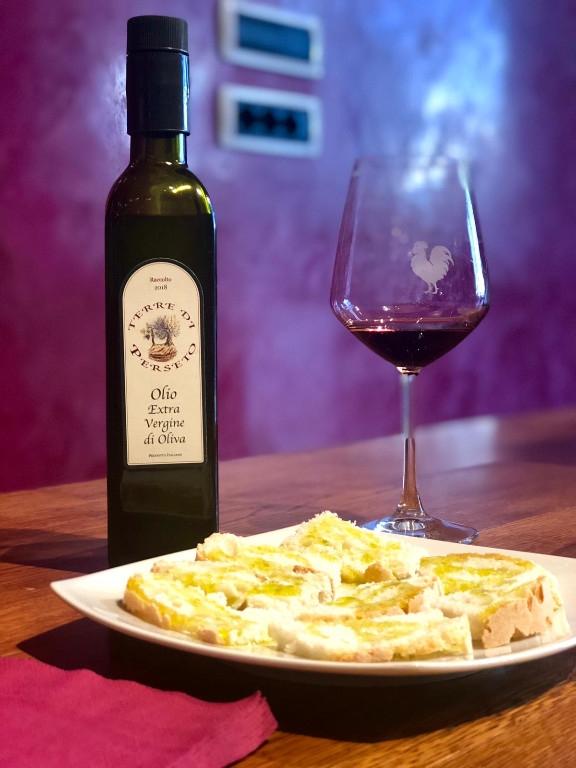 3 bottles (1 liter/each) Extra-Virgin Olive Oil \'Terre di Perseto\' - 1 liter / each bottle